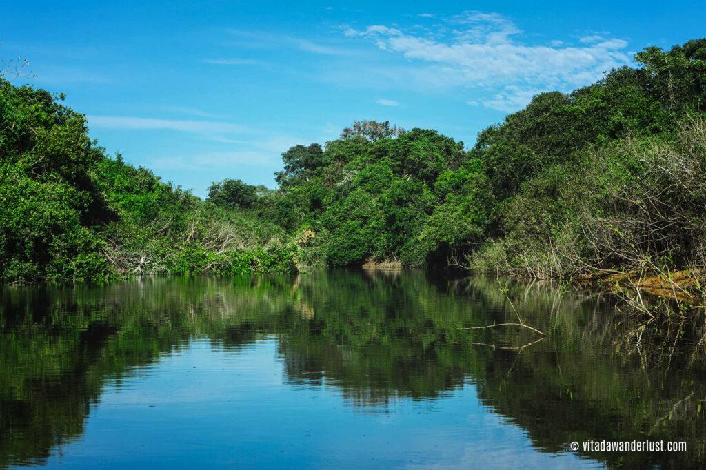 Navigazione lungo il fiume Aboral